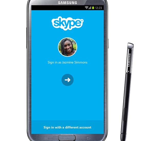Skype para móvil introduciría reacciones a las llamadas