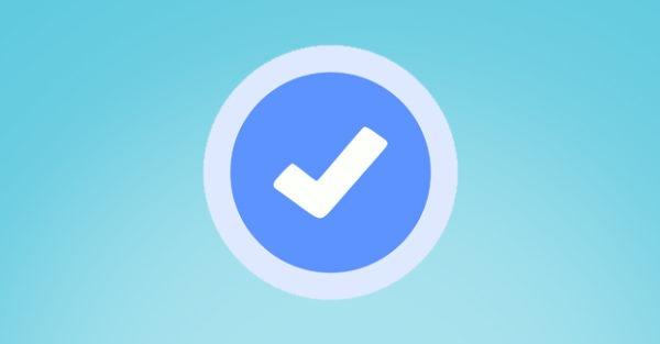 Twitter incorpora el doble check azul en sus mensajes