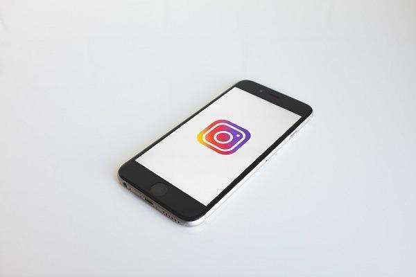 Instagram permitirá guardar fotos y vídeos también en el ordenador
