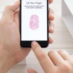 Apple retira dos aplicaciones por estafar a usuarios de iPhone con Touch ID