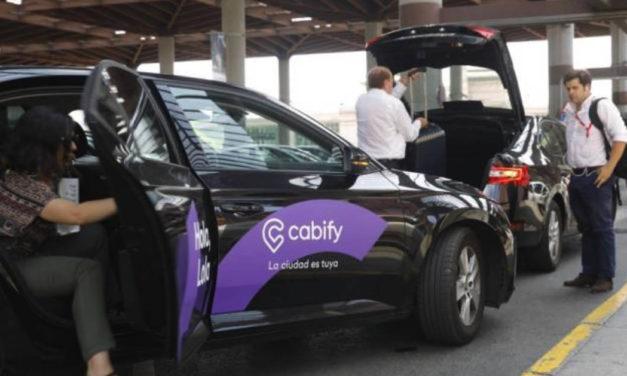 Cabify vuelve a estar disponible en Barcelona
